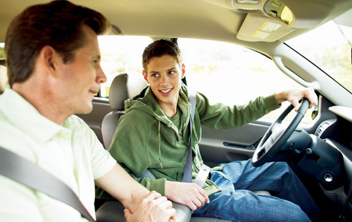Preparing Your Teenager for Responsibility of Becoming a Driver